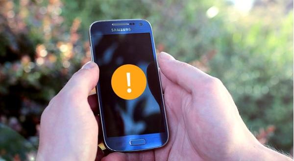 Qué hacer cuando le celular no enciende